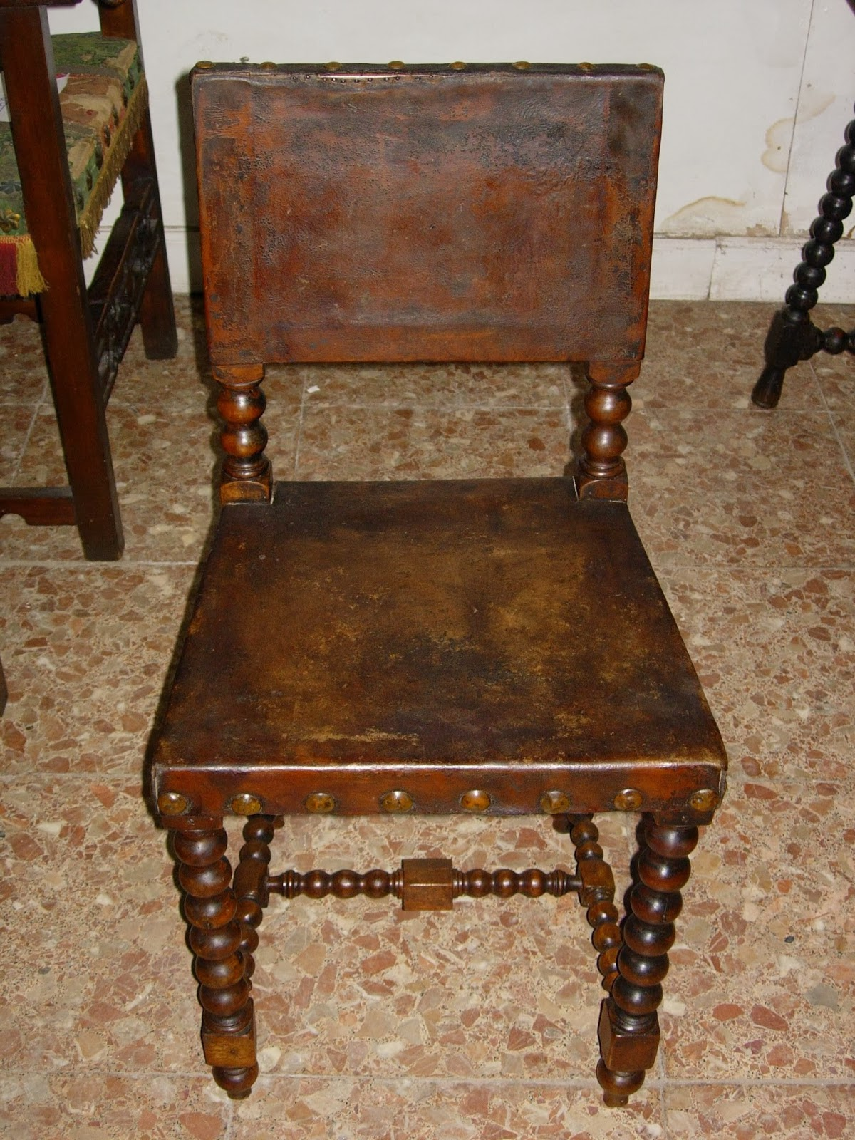 Antig edades fern ndez muebles mesas sillas - Tapizado de sillas antiguas ...