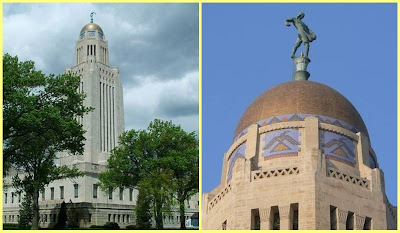 Nebraska State Capitol y The Shower