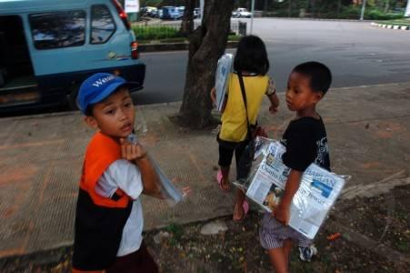 TIAP MENIT, EMPAT ANAK INDONESIA PUTUS SEKOLAH