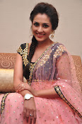 Madhu Shalini at Cheekatirajyam success meet-thumbnail-7