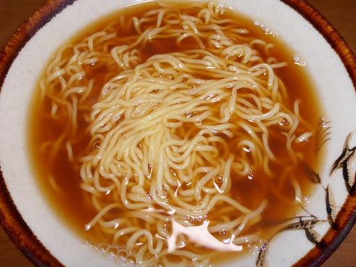【サンヨー食品】サッポロ一番グリーンプレミアム0(ゼロ)だしのきいた醤油ラーメン