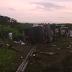 O ônibus que transportava a banda Garota Safada tombou no Ceará deixando 18 feridos