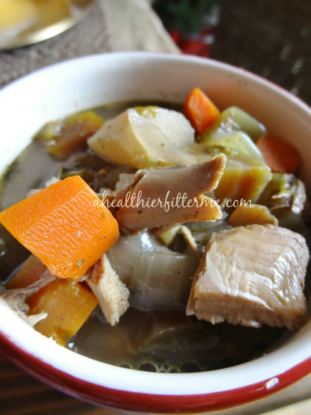 http://www.ahealthierfitterme.com/2014/12/thanksgiving-leftovers-soup.html