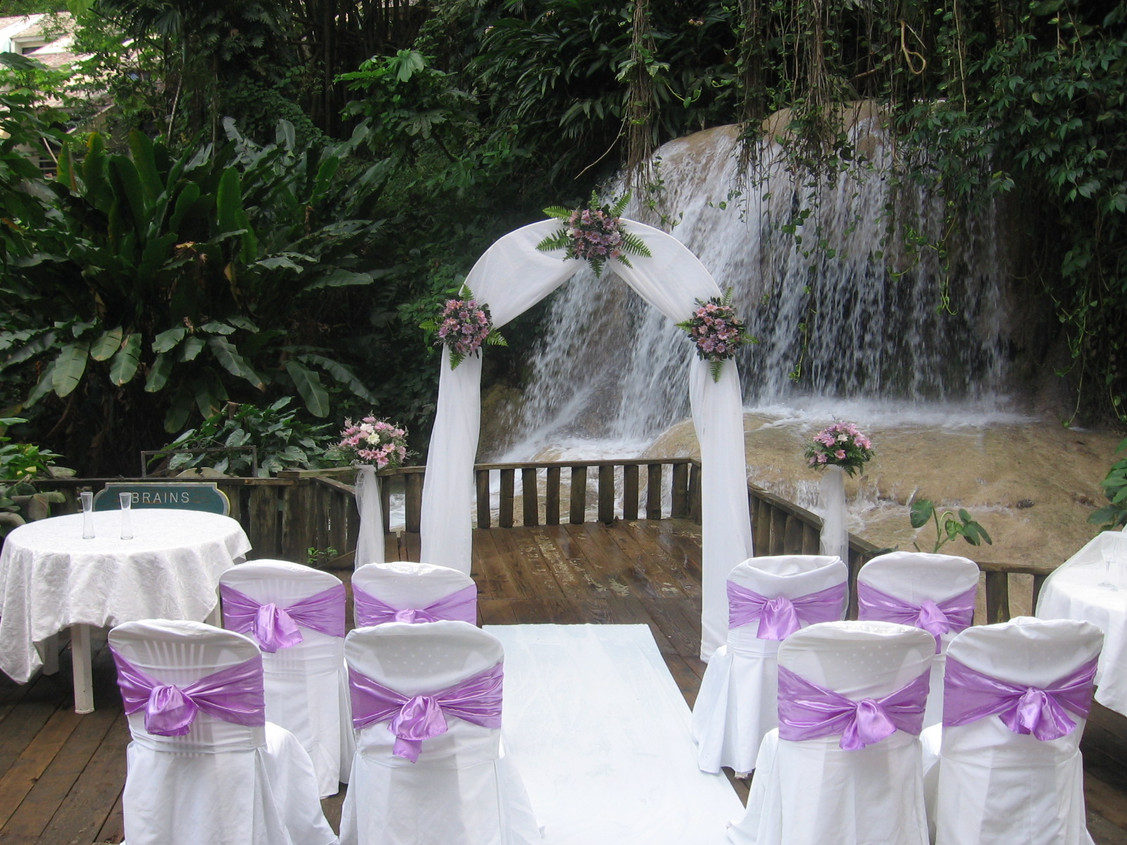 Easy Building Shed And Garage Wedding Waterfall Backdrop