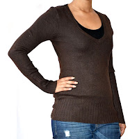 Fashionable Sweater at Kaunsa.com