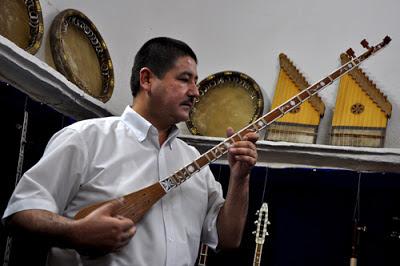 uzbekistan music traditions, samarkand Sharq Taronalari  festival