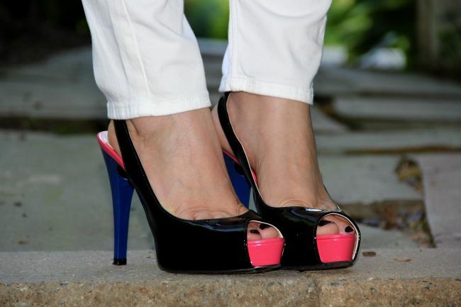 Guess color block peep toe shoes