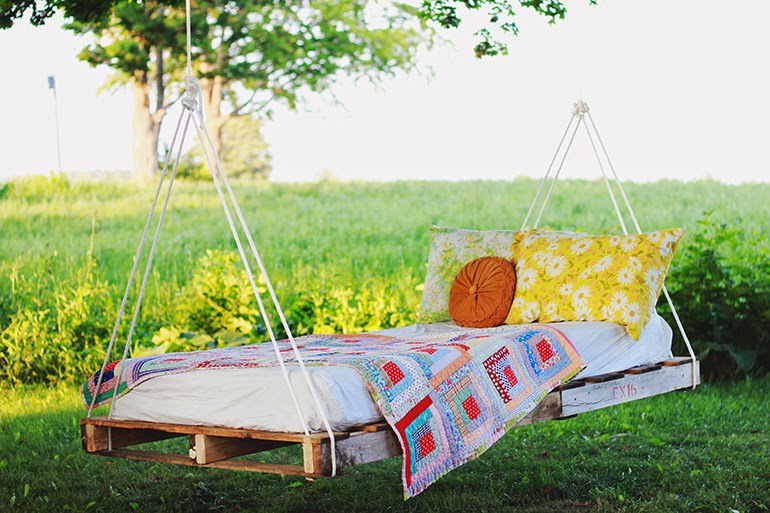 DIY outdoor swing bed