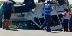 Colisão entre van e caminhão deixa três pessoas feridas no interior de Alagoas