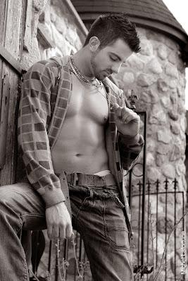 Beautifulhairy man from Canada Simon Lemire.