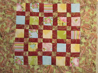 free quilt pattern for a table topper
