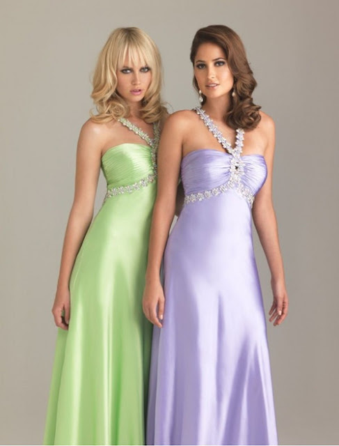 Charmeuse Sweetheart Neckline Empire Prom Dress with V-Shaped Halter Strap