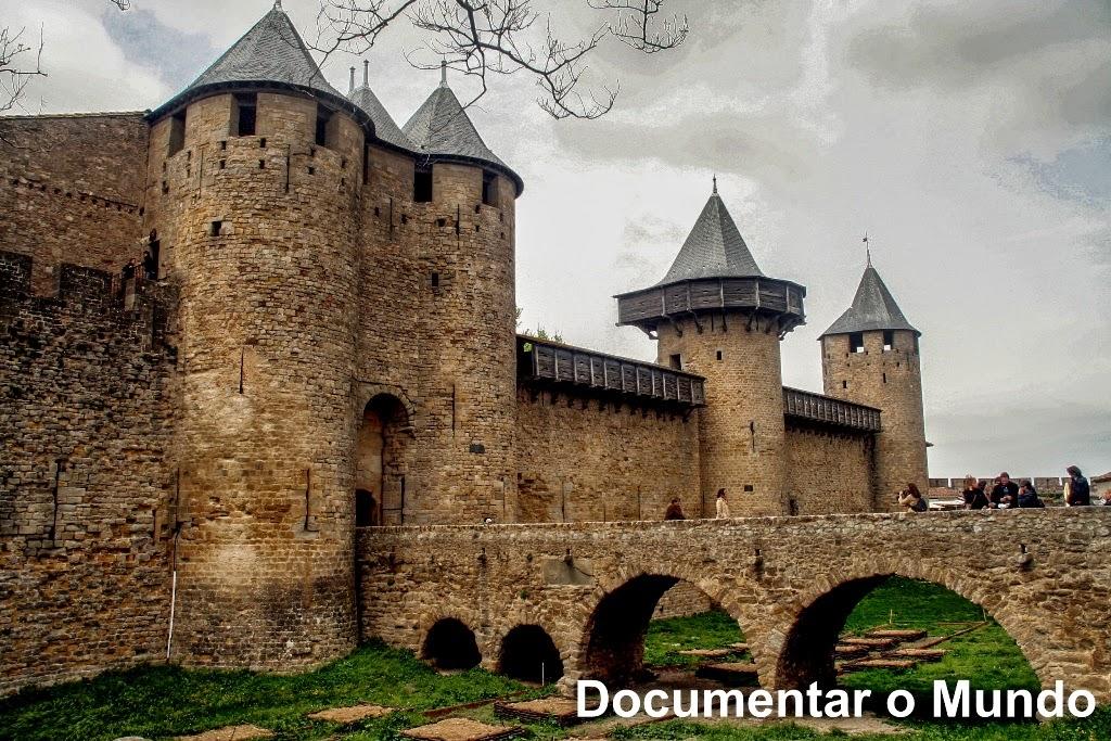 Entrada para o Château Comtal