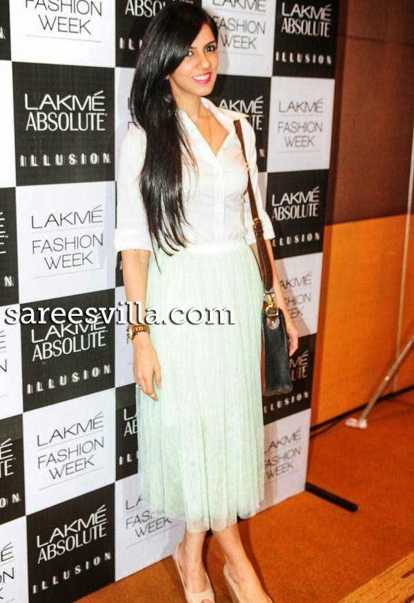 Nishka Lulla At Lakme Fashion Week Press Conference
