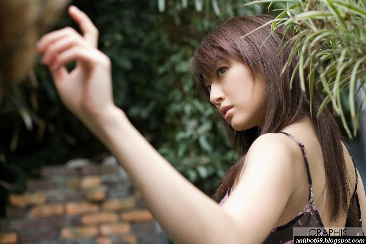 misa-shinozaki-00593637