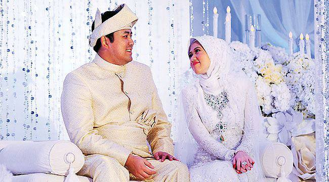 Majlis Perkahwinan Diraja Kelantan Darulnaim - Brunei Darussalam Iaitu Yam Tengku Amalin Aishah Putri Bt Sultan Ismail Petra dan Yam Pengiran Muda Abdul Qawi Ibni Pengiran Wazir Pengiran Hj Mohamed Bolkiah