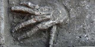 Kota tua di mesir Terdapat potongan-potongan tangan
