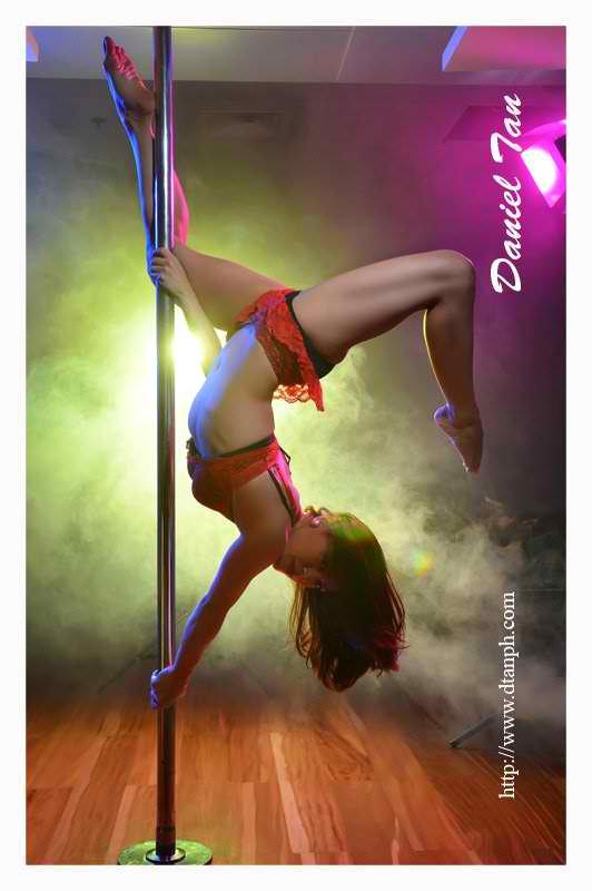 ciara sotto sexy pole dancing pics 01
