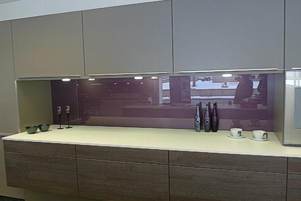 Purple Splashbacks Represents The Luxury Kitchen.