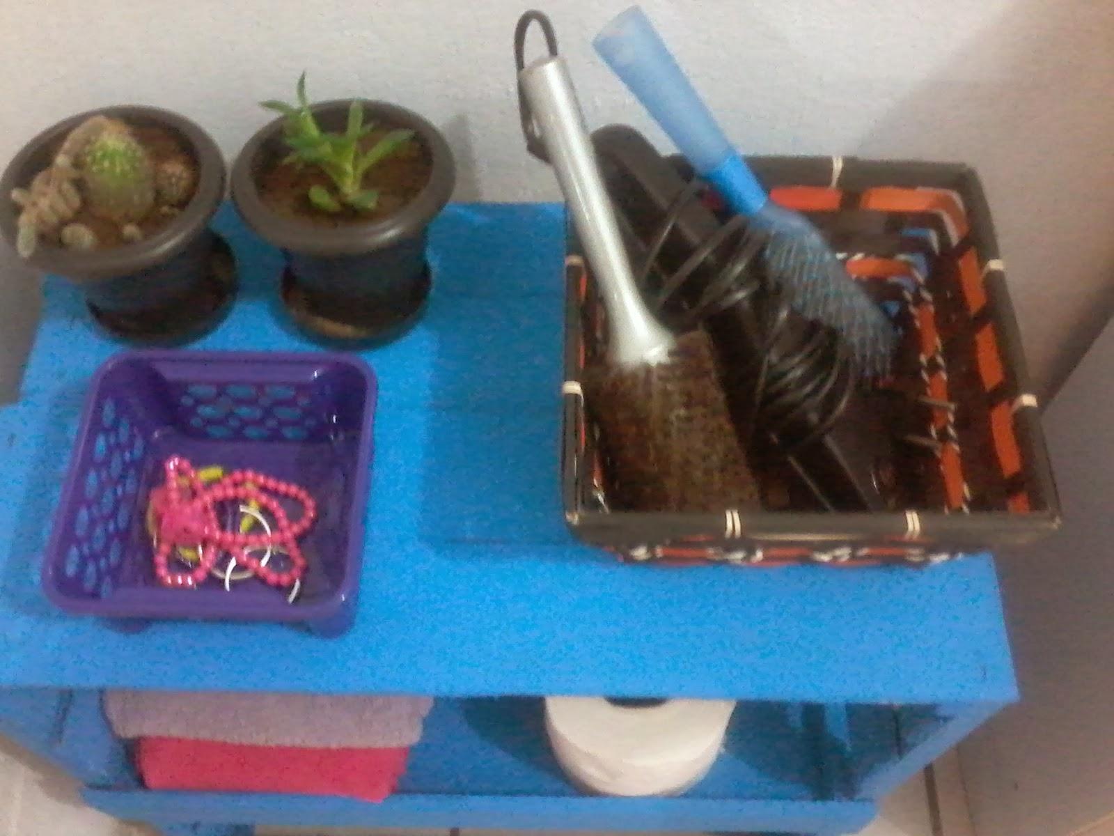 MIMANDO MINHA CASINHA Armário para banheiro de caixote de feira -> Armario De Banheiro Feito Com Caixote