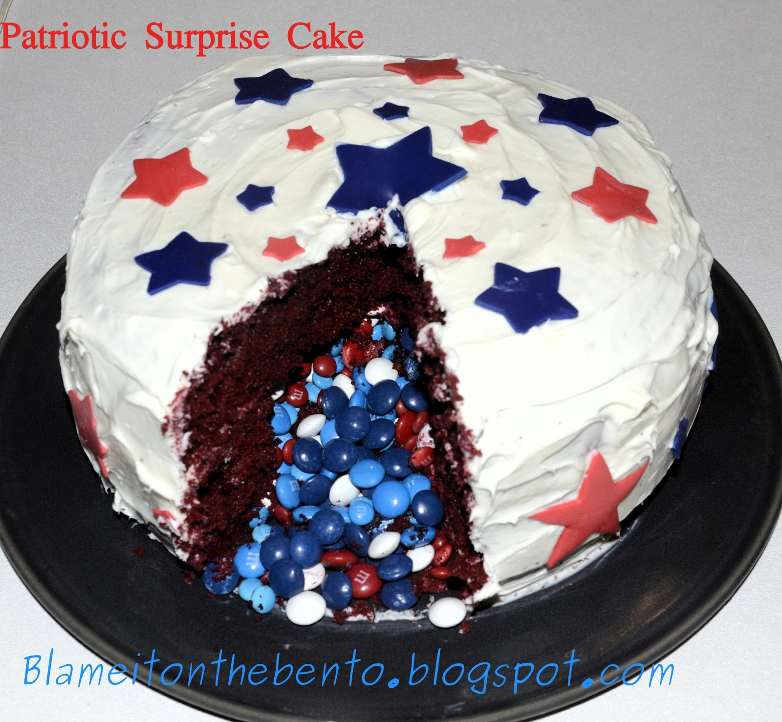 Blame it on the bento: Patriotic Surprise Cake Cake