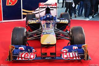 Mobil-STR8-Toro-Rosso-F1_3