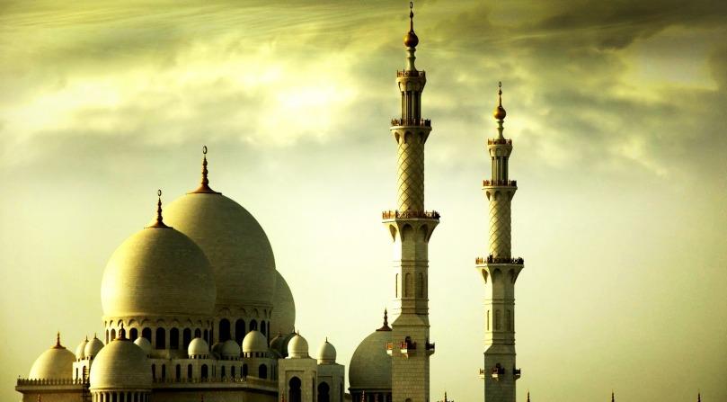 """""""Bukanlah merupakan aib bagi orang yang menampakkan madzhab Salaf dan menisbatkan dirinya kepadanya, bahkan wajib menerima yang demikian itu darinya berdasarkan kesepakatan (para ulama) karena madzhab Salaf tidak lain kecuali kebenaran."""" (Majmuu' Fataawa Syaikhul Islam Ibnu Taimiyyah, IV/149)"""