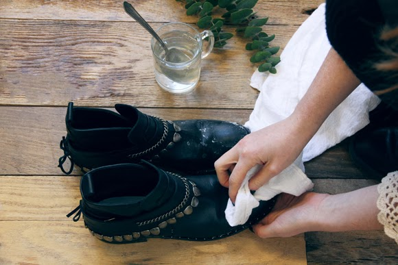 Diy how to get salt stains out of your leather boots How to get stains out of white leather