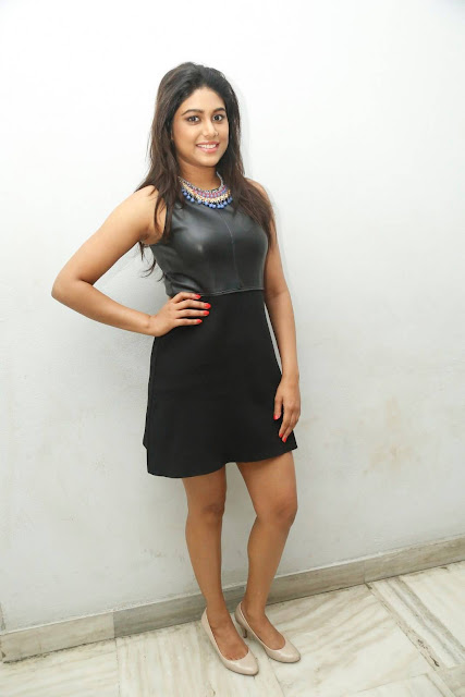 Manisha Yadav Latest Photos At Trisha Ledaa Nayanthara Trailer Launch