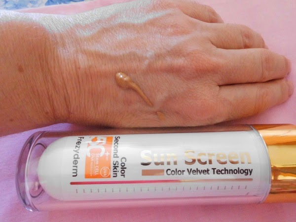 VELVET SUNSCREEN SPF 50+ FACIAL COLOR