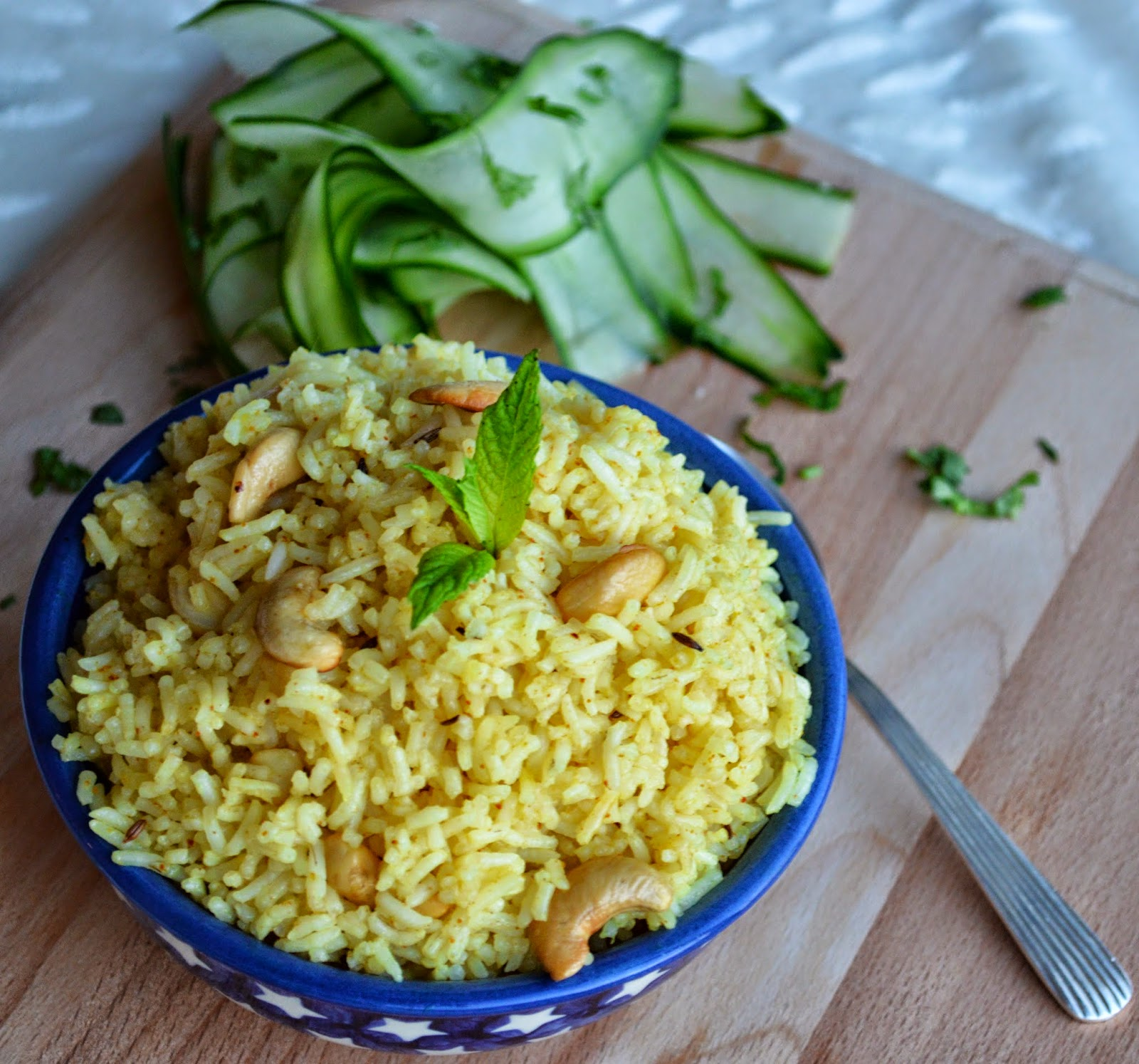 Lemon and Cashew nut Rice