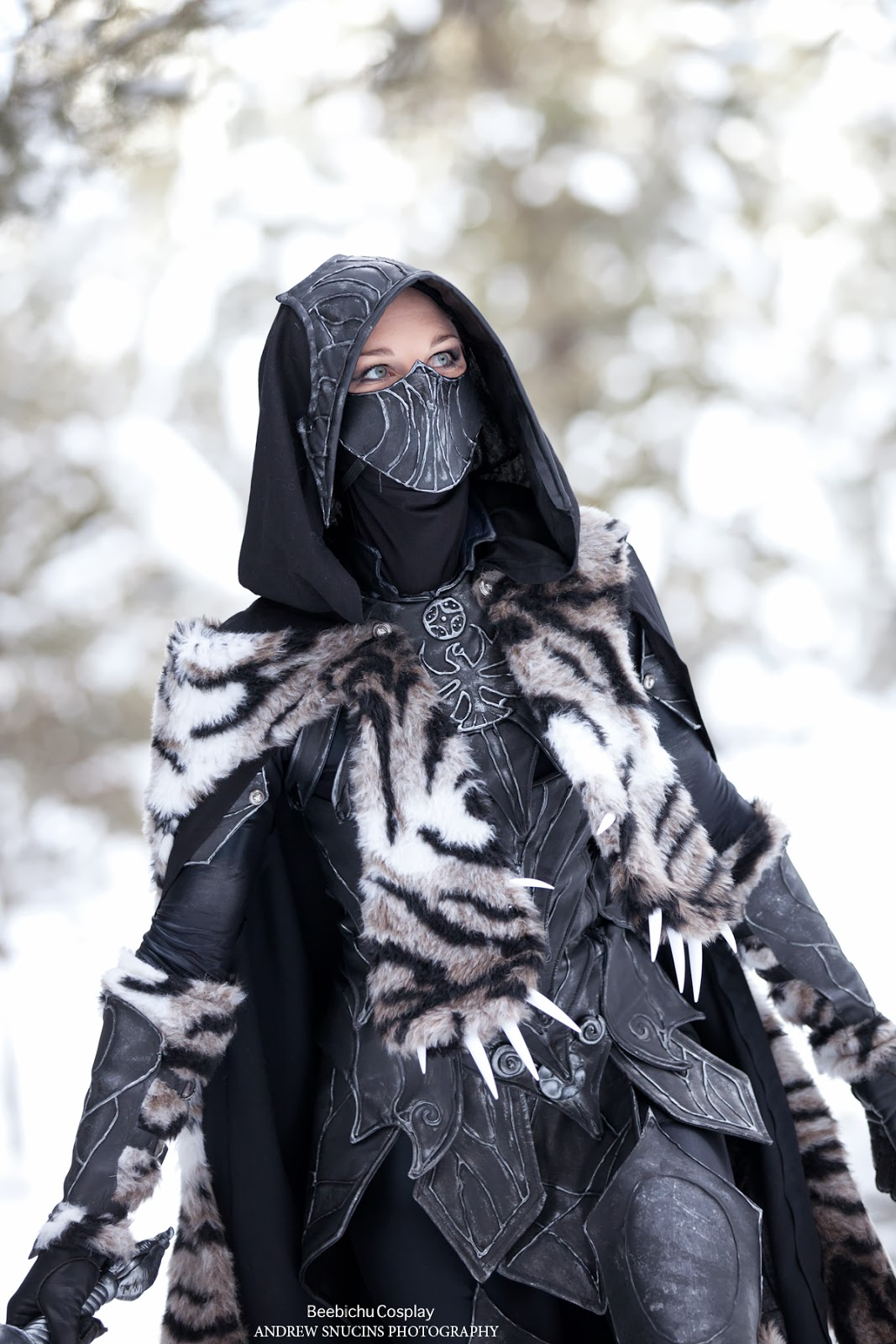 Black leather gloves skyrim - Hi Thank You For Taking The Time To Read My Post This Is How I Made My Nightingale Armor And Prop Weapons There Are Many Ways To Make This Armor Set