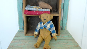 Early Steiff Bear - Loved and Worn but adorable!