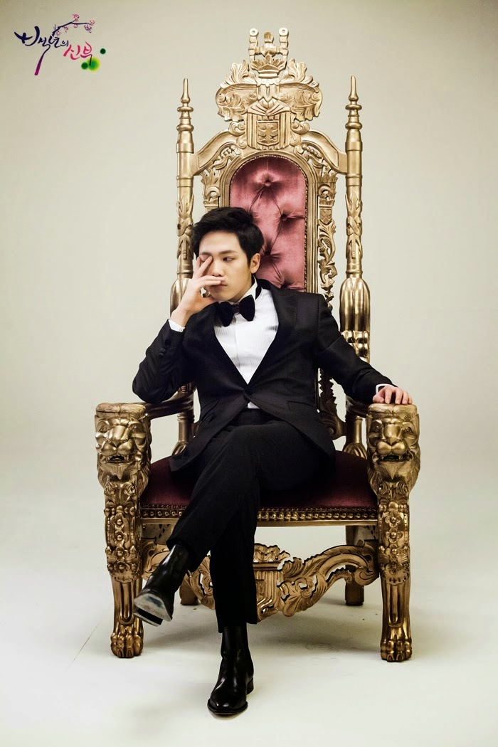 Lee Hong ki sebagai Choi Kang-Joo