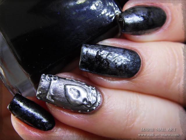 Nail Art effet Métal Ancien en 3D5