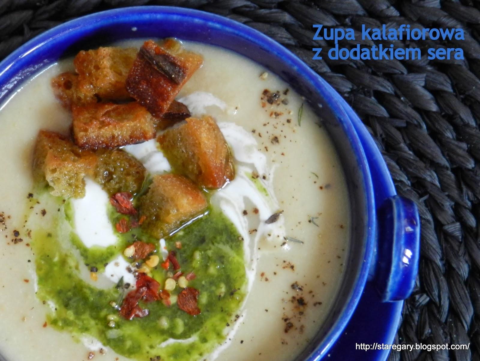 Zupa kalafiorowa z dodatkiem sera