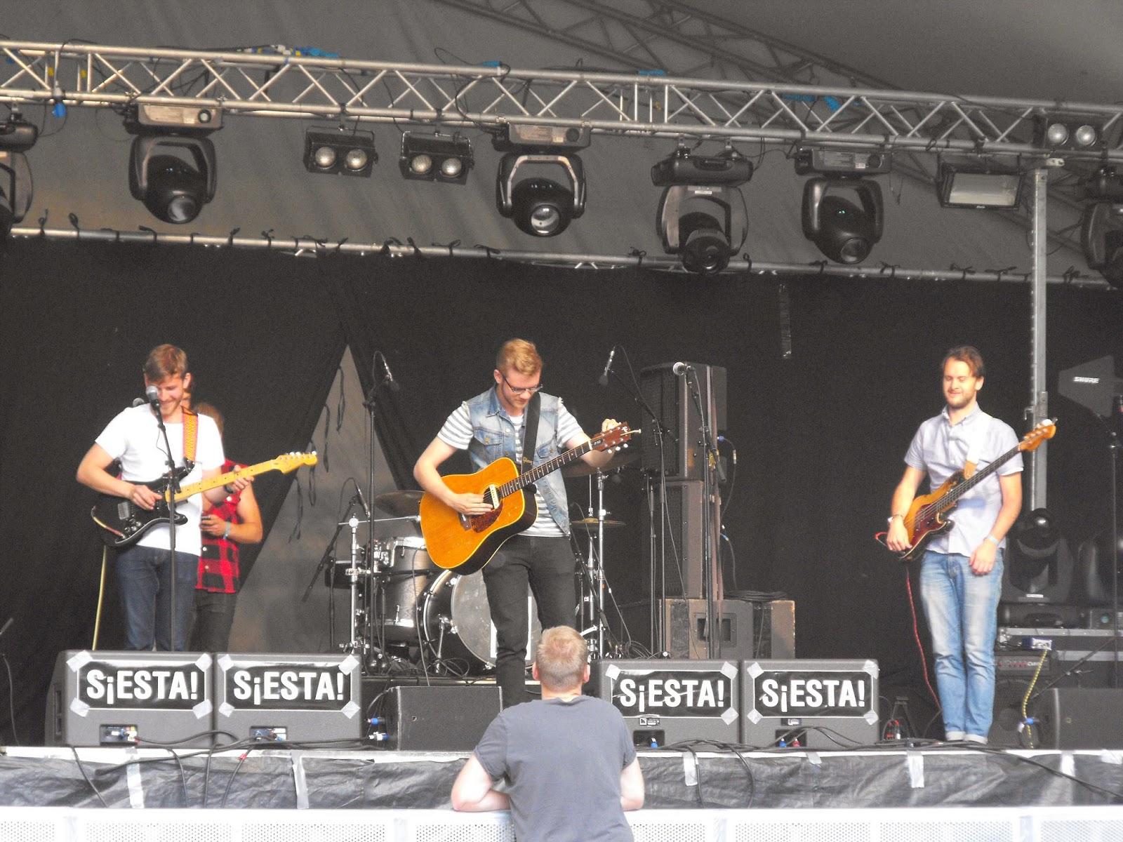 siestafestivalen, Siestafestivalen 2014, SiestaHlm, #SiestaHlm, Hässleholm, Sösdala, Barnfamilj, Musik, Glädje i hjärtat, Faråker