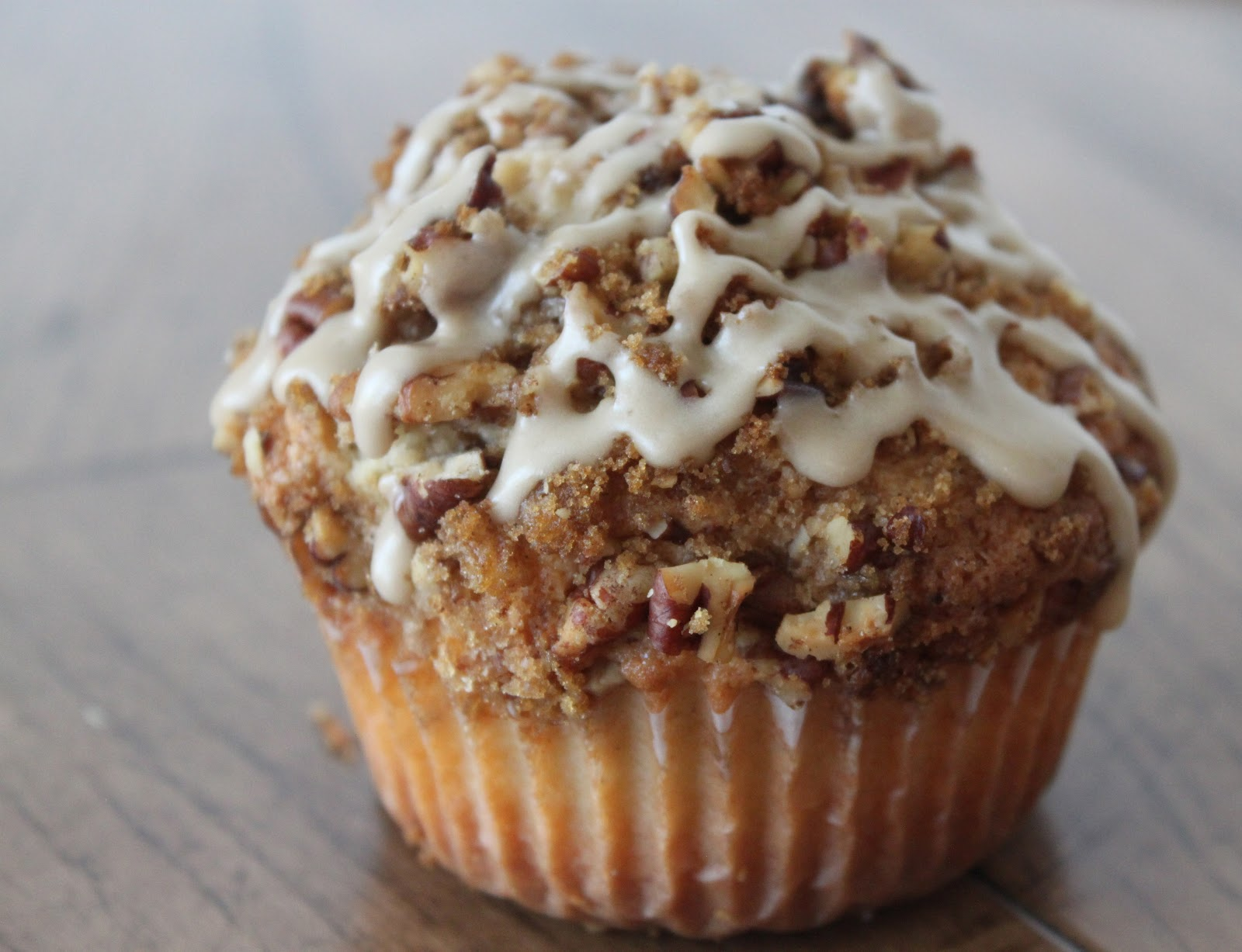 Bountiful Kitchen: Coffee Cake Muffins with Salted Maple Glaze