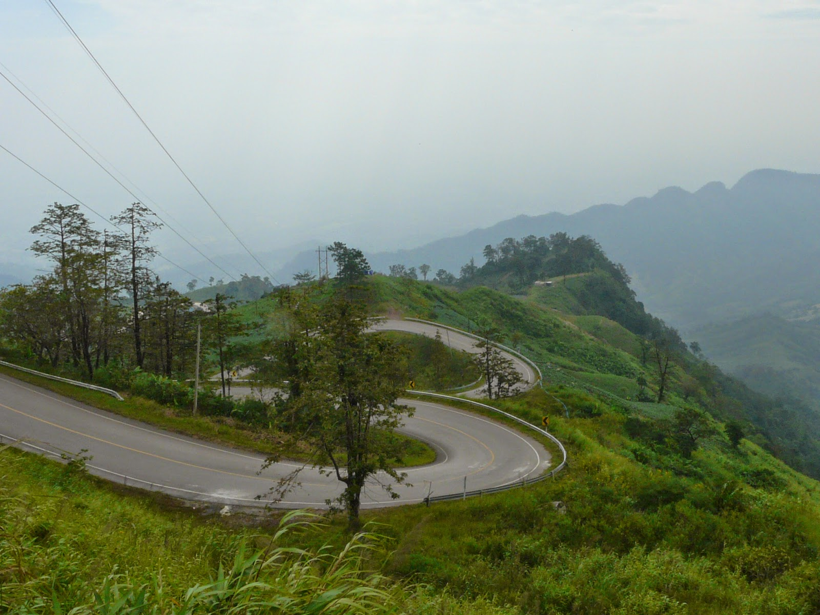 Road to Phu Hin Rongkla National Park