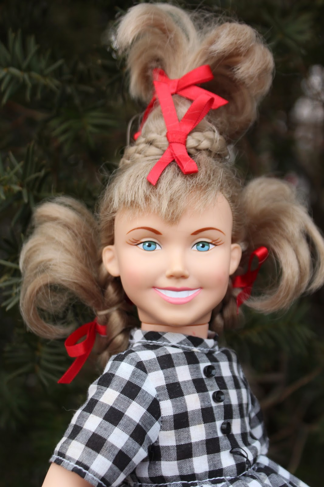 doll a day 313cindy lou who plus some great 16 scale finds