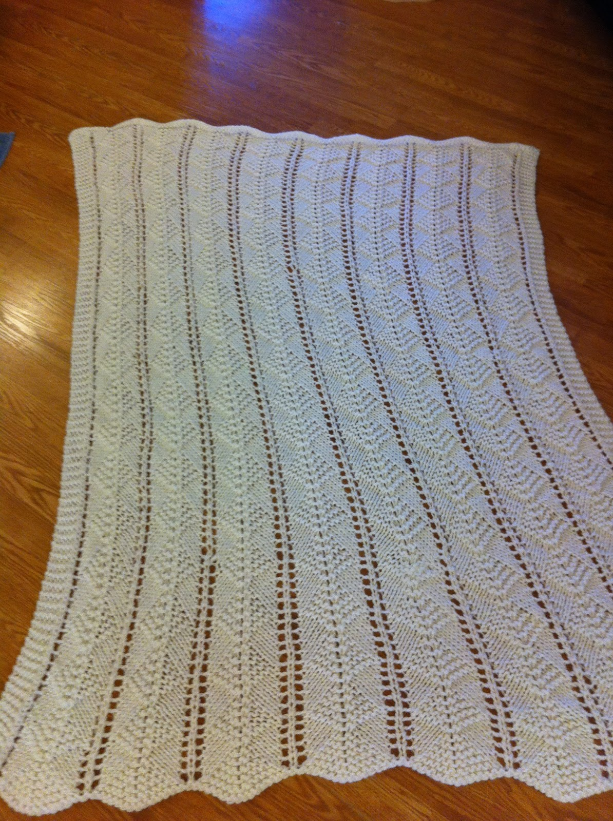 Diamond Afghan Knitting Pattern : Kate Can Help: Knit Afghan - Lacy Garter Stitch Diamonds