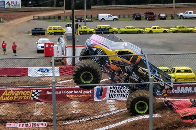 Black Stallion Monster Truck - Hagerstown Speedway