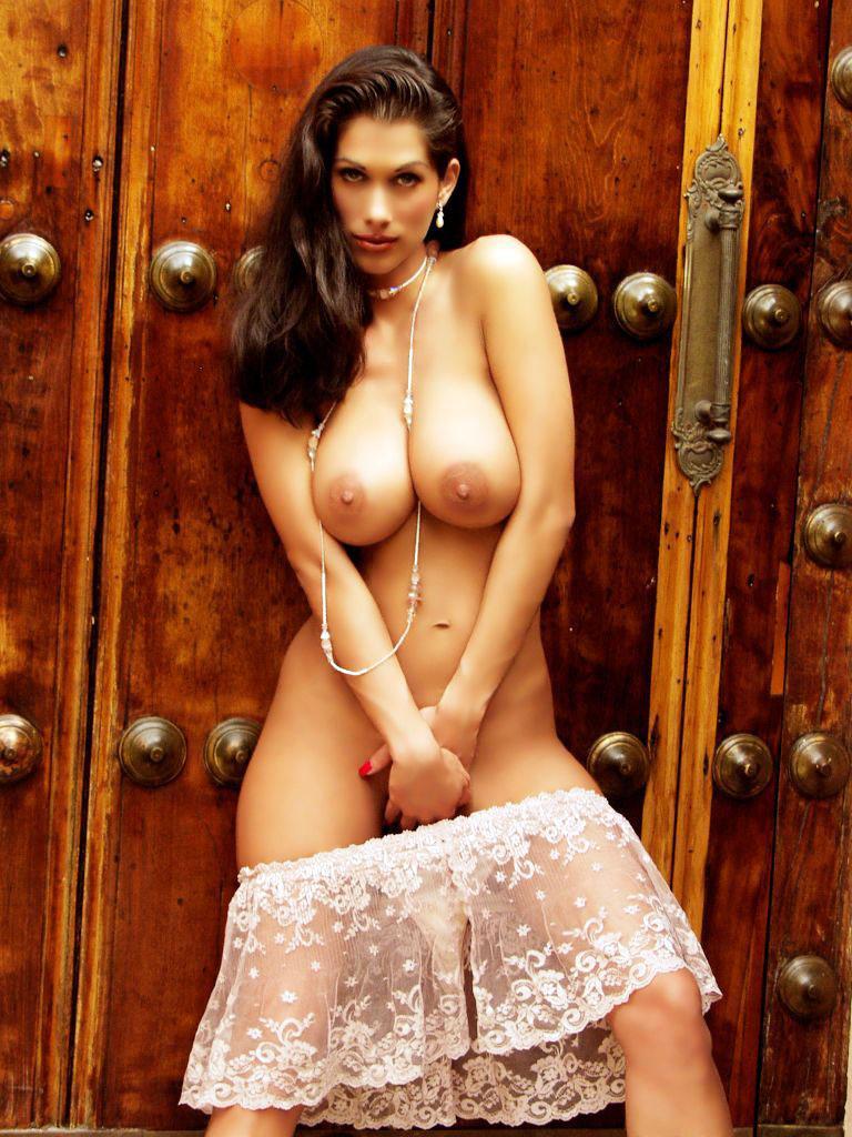nudist girls with bathroom