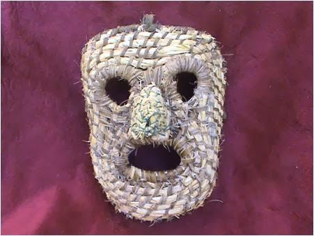 Mascara escrinho II