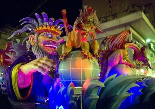 http://2.bp.blogspot.com/-t1qn8q6RWlQ/TWIHVjjuz7I/AAAAAAAACHo/7Jx-5Krrjjk/s1600/patras_carnival2008.jpg