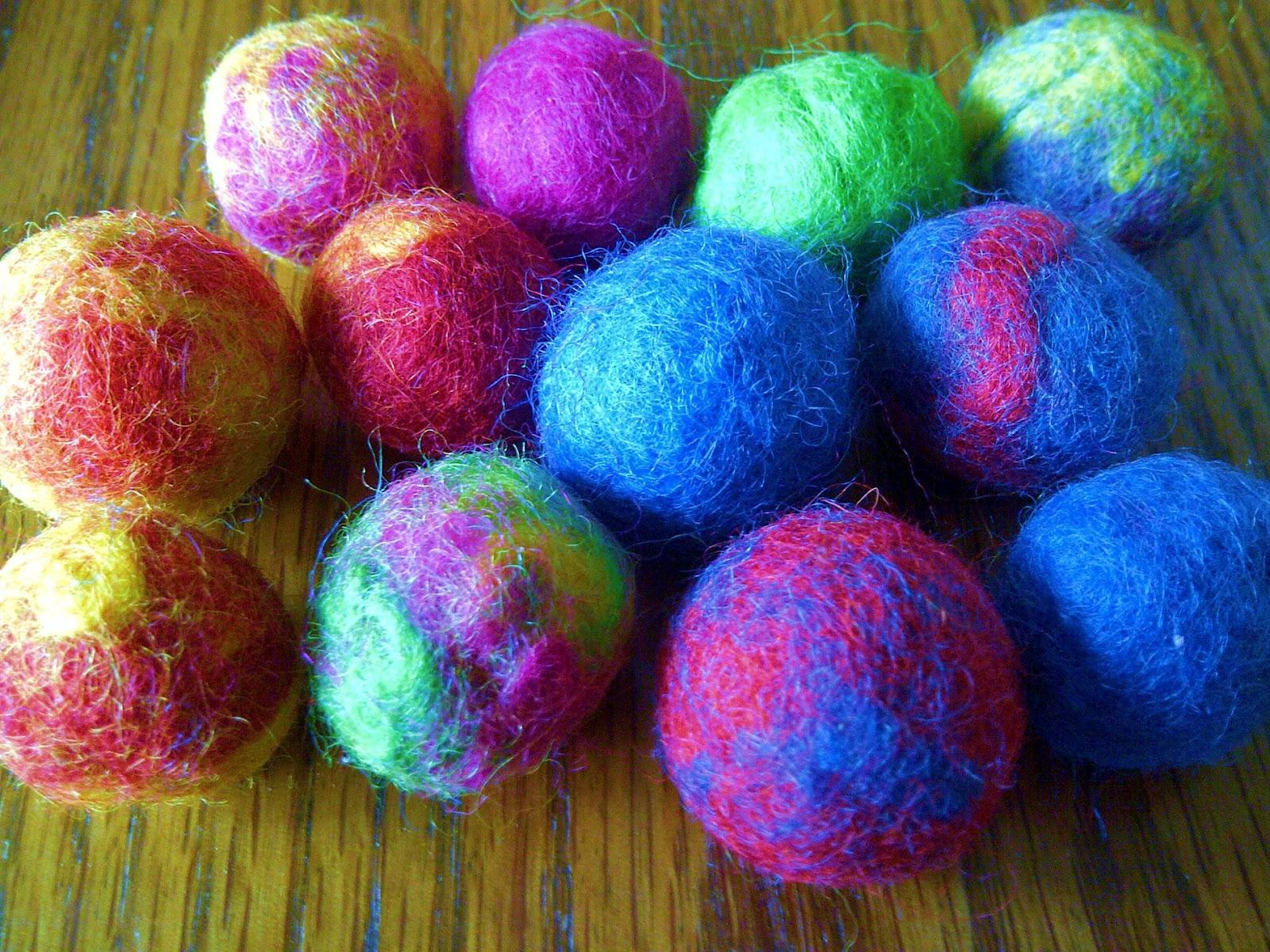 Modern handmade child create felt balls wet felting tutorial create felt balls wet felting tutorial baditri Images