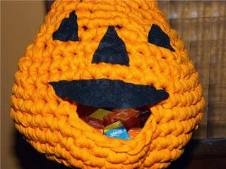 Bolso-calabaza para halloween de ganchillo