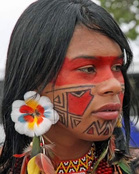 popular indio facial cerca de Alcobendas