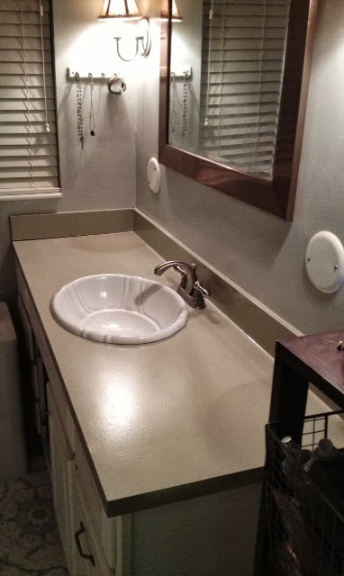 Rustoleum Countertop Paint Smell : ... Loves Home Design : Diy Monday- rustoleum countertop paint project