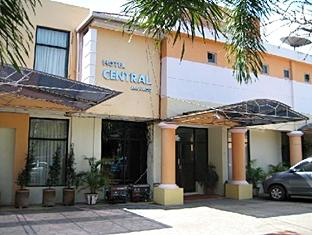 SULAWESI HOTELS AND RESORT BOOKING